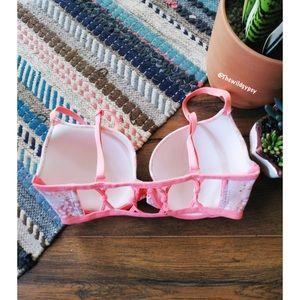 Victoria's Secret lined demi bra ✨
